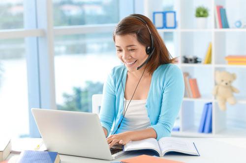 Học tiếng Anh qua Skype thời kỳ virus corona COVID-19
