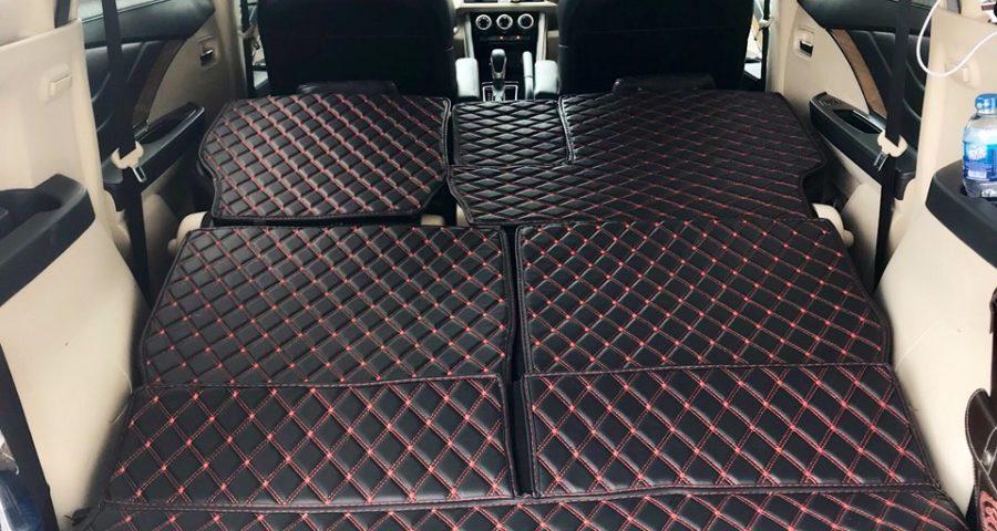 Mua thảm lót sàn ô tô 5D cho xế hộp đắt tiền.